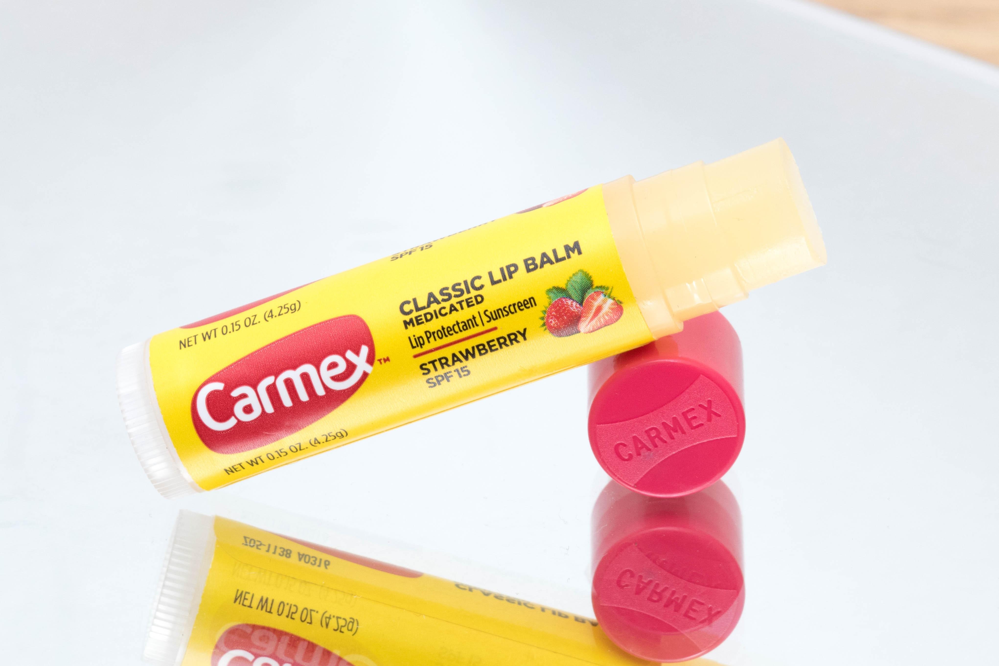Carmex Strawberry 1 by Cantinho da Tarsi